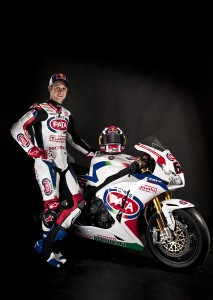 Jonathan Rea with his 2013 Honda Fireblade complete in Pata colours.