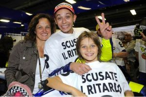 Luca with his big brother and their mum in Sepang, in 2009.