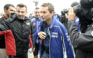 The World Champion returned to Assen in the early evening after surgery at 2am.