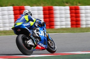 Randy De Puniet has been in action with Suzuki testing their new MotoGP machine.